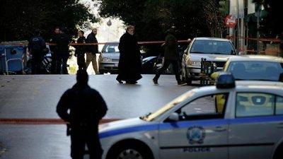 В Греции два бывших депутата получили четыре месяца тюрьмы за стрельбу