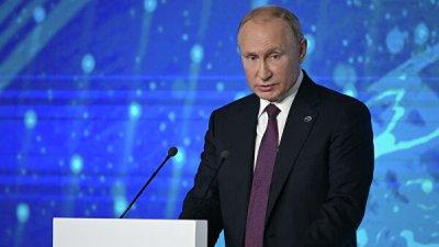 Путин отметил связь глав государств с российскими вузами