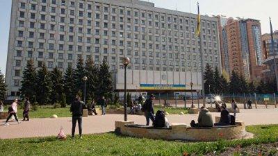 Новый глава ЦИК Украины прокомментировал идею проведения выборов в Донбассе