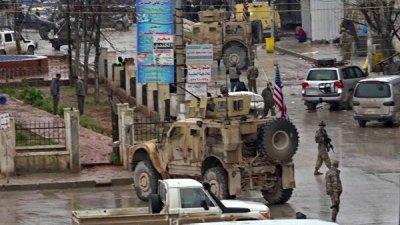 США должны сохранить военное присутствие в Сирии, заявил сенатор