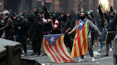 В Барселоне начались беспорядки