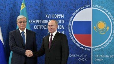 Путин рассказал о работе над вопросом открытия российско-казахстанских школ