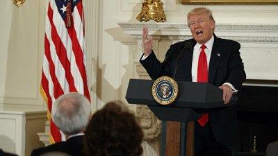 Трамп в юбилей падения Берлинской стены раскритиковал социализм