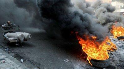 В Багдаде четыре человека погибли во время протестов, сообщил источник