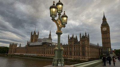 Британия отказала в визе нескольким российским журналистам, заявил источник
