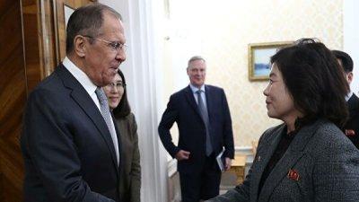 Лавров и замглавы МИД КНДР обсудили ситуацию на Корейском полуострове