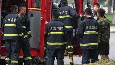 В китайском Шэньяне загорелась жилая высотка