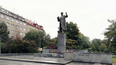 В Праге вновь осквернили памятник маршалу Коневу