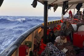 Немецкое судно Alan Kurdi спасло почти 80 мигрантов в Средиземном море