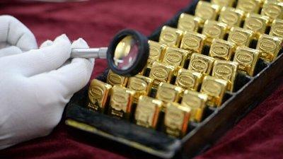Цены на золото взлетели из-за событий на Ближнем Востоке