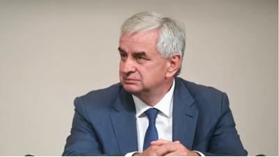 Хаджимба намерен участвовать в перевыборах президента Абхазии