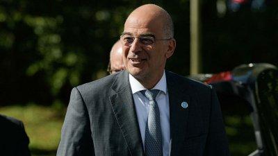 Глава МИД Греции заявил о поддержке нового правительства Ливана