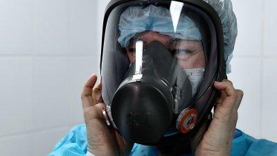 Первая смерть от коронавируса зафиксирована в Британии