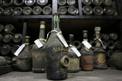 Библейское чудо. В итальянской деревне по водопроводу потекло вино