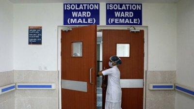 В Индии число заразившихся коронавирусом превысило 900