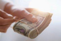 Более 200 тысяч рублей похитил лжесотрудник банка у жительницы Белокалитвинского района