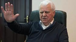 Четыре пути. Кравчук перечислил способы прекратить огонь в Донбассе