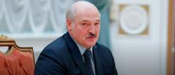 """Лукашенко заявил, что """"подпитывается"""" антителами к COVID-19"""