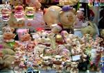 Европейцы продают не понравившиеся подарки через интернет