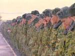 В военной части Свердловской области пьяный военнослужащий на машине протаранил строй солдат: восемь раненых