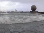 Вода в Неве поднялась на 170 см над ординаром, в Петербурге зафиксировано 302-е наводнение