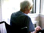 Шведские специалисты создали книгу для страдающих старческим слабоумием