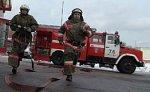 """Из-за пожара частично обрушилась крыша медсанчасти завода """"Динамо"""""""