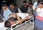 В Пакистане 60 пассажиров на крыше поезда ударило током: 15 человек погибло