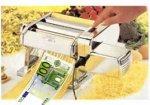Фальшивомонетчики делали евробанкноты станками для резки макарон