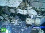 Астронавты сушили скафандры под лучами солнца
