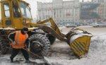 На улицах Москвы работают более девяти тысяч снегоуборочных машин