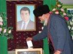 Туркменская оппозиция обвинила власти в завышении явки избирателей