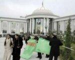 В Туркмении хлеб и муку будет продавать только государство