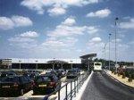 Аэропорт в Лутоне эвакуирован из-за подозрительного автомобиля