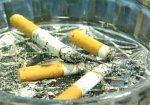 В Санкт-Петербурге запретили курить в подъездах