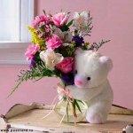Мужчины предпочитают на 8 марта дарить женщинам цветы