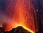 У берегов Италии началось извержение вулкана Стромболи