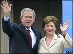 В турне Буша сопровождают протесты