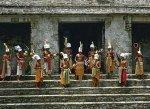Жрецы майя очистят свои святыни от злых духов Буша