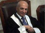 Казнивший Хусейна судья попросил убежища в Великобритании