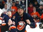 Хоккеист НХЛ дисквалифицирован за удар соперника клюшкой в лицо