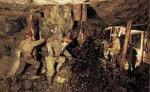Из кузбасской шахты, где взорвался метан, выведены 53 горняка
