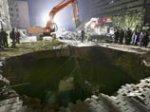 """В Пекине обрушилась часть строящейся """"олимпийской"""" станции метро, под завалами 6 рабочих"""