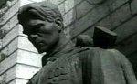 Благодатный огонь зажжен у памятника Воину-освободителю в Таллине