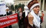 Киргизская оппозиция разворачивает в центре Бишкека палаточный городок