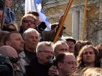 Эдуард Лимонов отпущен в Москву до суда