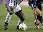 Футболисты избили африканского арбитра за назначенный пенальти