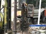 В Новошахтинске экскаватор провалился в вентиляционную шахту