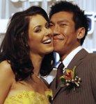 «Мисс Вселенная-2005» обручилась с тайским теннисистом