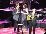 Хулио Иглесиас разочарован в парагвайских поклонниках: на его концерт пришли всего 600 человек